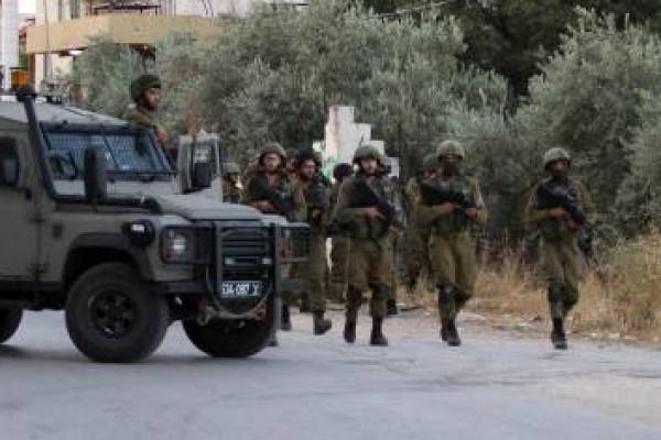 قوات الاحتلال تقتحم مكتب اتحاد لجان المرأة الفلسطينية في الخليل