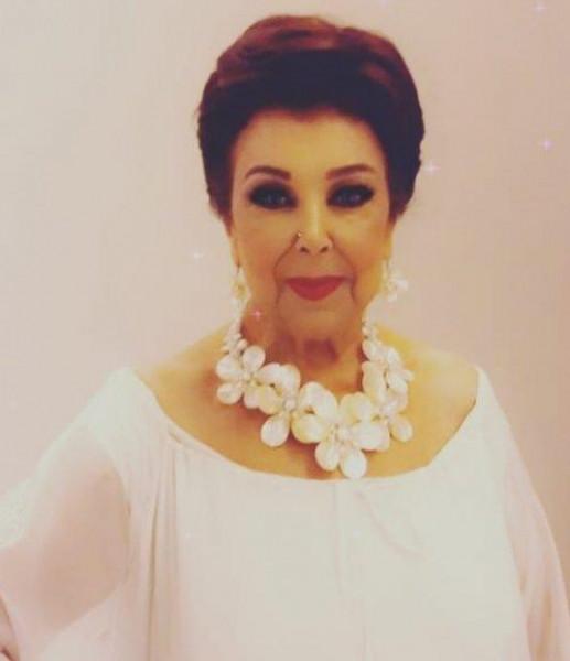 رجاء الجداوي تتحدى الـ80 عاما بهذه الإطلالة.. وجمهورها: ست الستات