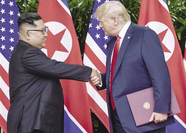 كوريا الشمالية تعلق المفاوضات النووية مع الولايات المتحدة وتوصيها بالتفكير في موقفها