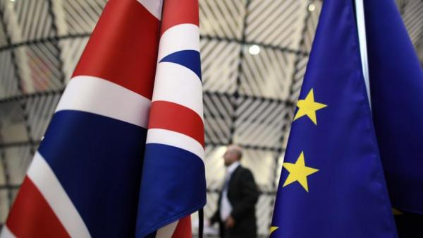 الاتحاد الأوروبي يخوض مفاوضات صعبة مع بريطانيا بشأن (بريكست)