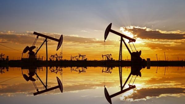 وسط تشاؤم بشأن الاقتصاد العالمي.. هبوط أسعار النفط من جديد