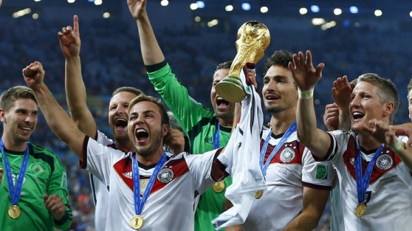 بطل العالم مع ألمانيا 2014 يعلن قراره الحاسم والنهائي