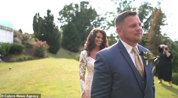 عريس يواجه أسوأ مفاجأة ممكنة يوم الزفاف