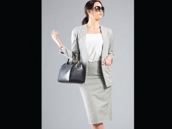 دون حيرة.. 4 أفكار لاختيار ملابس العمل كل يوم