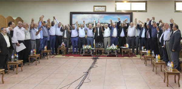 """قيادي بـ""""الشعبية"""": ننتظر رد فتح على مبادرة المصالحة للشروع بخطواتها العملية"""