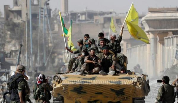 """""""قسد"""" توقف عملياتها ضد تنظيم الدولة نتيجة الهجوم التركي"""