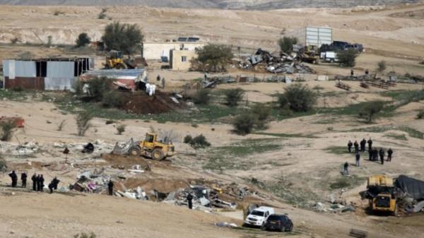 سلطات الاحتلال تنفذ مخطط تهجير جديد بالنقب