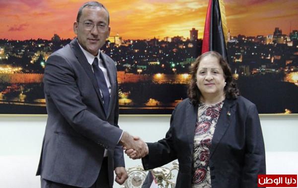 """كيلة تبحث مع """"التعاون الإسلامي"""" تحضيرات مشاركة فلسطين في مؤتمر وزراء الصحة"""