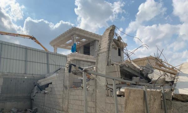 للمرة الثانية.. السلطات الإسرائيلية تهدم منزلاً في حي المحطة باللد