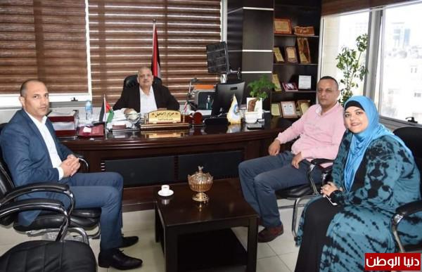 تنمية رام الله وجامعة القدس يعقدان ورشة عمل حول الرعاية والخدمة الاجتماعية