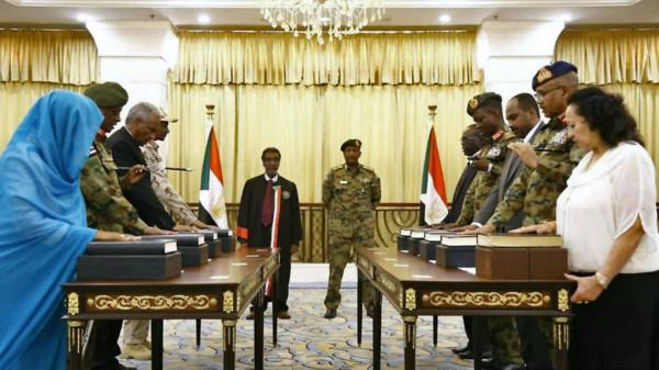 السودان.. تشكيل مجلس الأمن والدفاع برئاسة البرهان