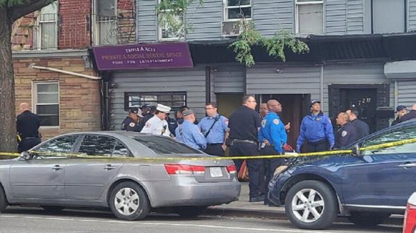 شاهد: مقتل أربعة أمريكيين وإصابة آخرين بإطلاق نار بنيويورك