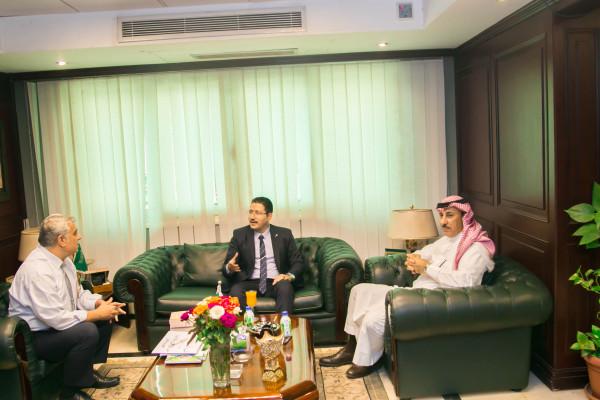 النامي يلتقي مقرر مؤتمر قراءات معاصرة في التراث العربي الاسلامي