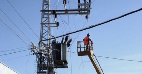 تنويه من شركة توزيع الكهرباء بشأن أعمال تطوير وتهيئة على خط جباليا