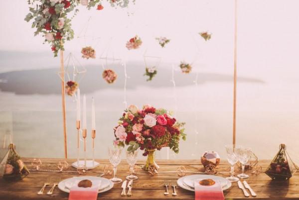 ماذا ترتدين في حفل زفاف زميلتك في العمل؟
