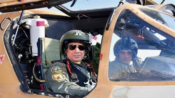 شاهد: الجيش المصري يعرض أقوى مقاتلاته