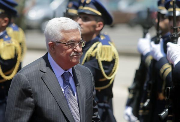 الرئيس عباس يصل السعودية في زيارة رسمية