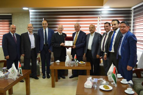 لقاء بين ملتقى رجال الأعمال الفلسطيني وجامعة بيت لحم