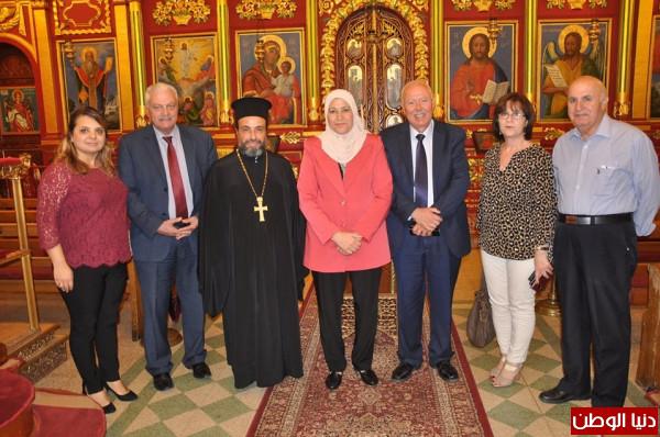 حمد تُؤكد على الترابط الإسلامي المسيحي
