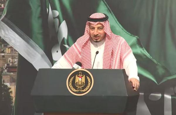 """فيديو: رئيس الاتحاد السعودي لكرة القدم يشكو الرجوب بسبب """"الكرم الشديد"""""""