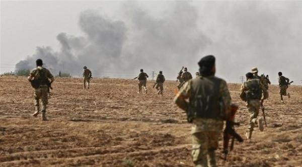 فيديو: أول اشتباكات بين القوات التركية والسورية قرب منبج