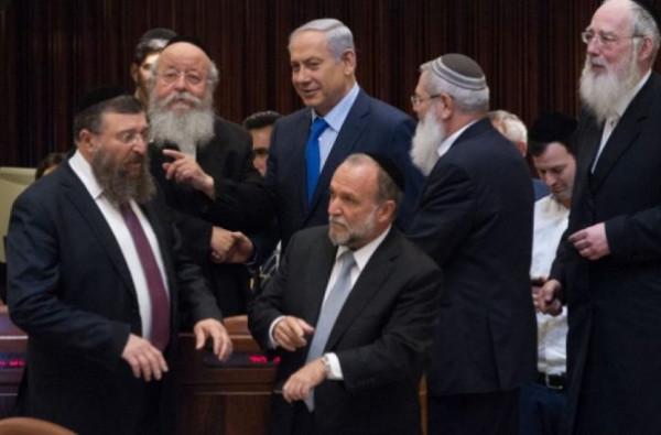 """""""الأحزاب اليمينية"""" الإسرائيلية تتعهد بعدم الانضمام لحكومة أقلية تدعمها القائمة المشتركة"""