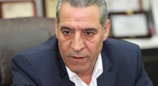 حسين الشيخ ينفي طلبه عقد لقاء بين الرئيس عباس ونتنياهو