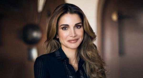 """الملكة رانيا تُوجه رسالة طويلة للشعب الأردني: """"الإساءة لي أصبحت استعراضاً للعضلات"""""""