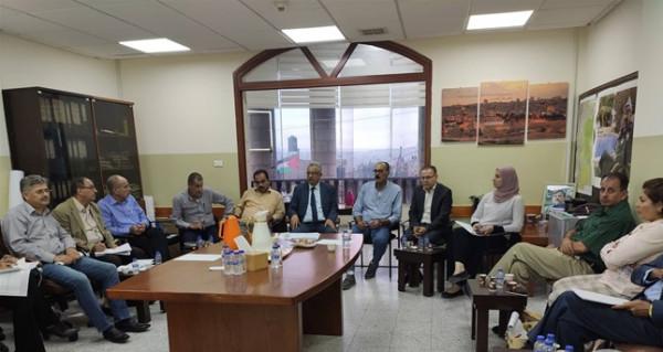 اللجنة التوجيهية للعنقود الزراعي تعقد اجتماعها في طولكرم