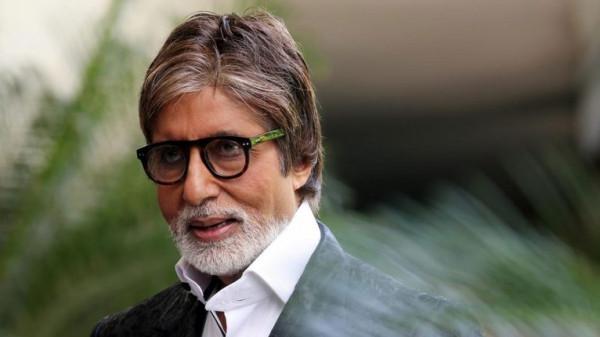 نقل النجم الهندي أميتاب باتشان للمستشفى.. وهذه حالته الصحية