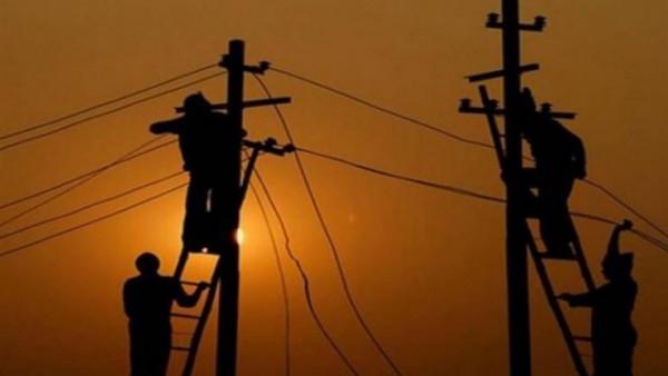 كهرباء القدس: أشخاص بمناطق لا تخضع للسيطرة الفلسطينية يسرقون التيار الكهربائي