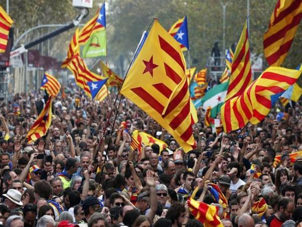 إضراب عام في كتالونيا والأزمة تشتعل