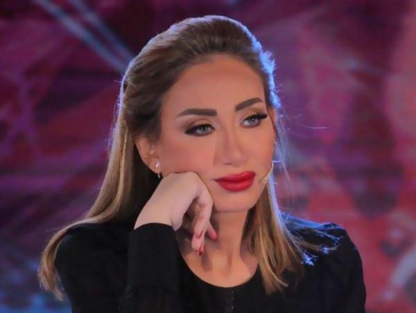 """ريهام سعيد توجه رسالة إلى بعض زملائها : """"بجد إخس"""""""