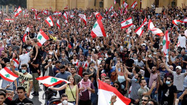 دول عربية تُحذّر مواطنيها من السفر للبنان