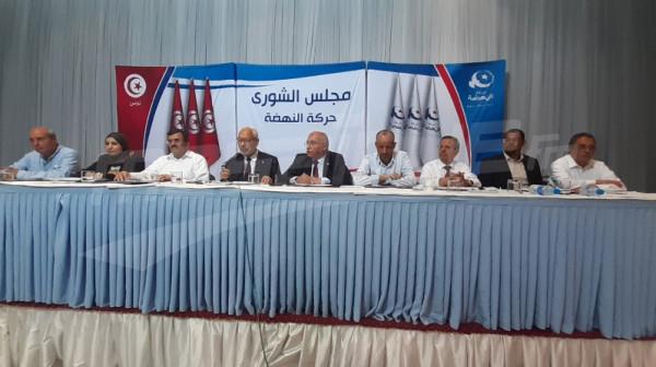 """""""النهضة"""" تتجه لتعيين شخصية من الحركة ليترأس الحكومة التونسية"""