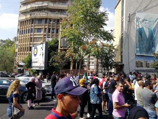 مجلس الوزراء اللبناني يعقد جلسة يوم الأحد وعون يطمئن المتظاهرين