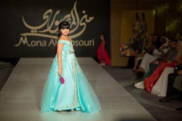 صور: عارضات أزياء أطفال يبهرن الحضور فى مهرجان جوائز الموضة العالمية بدبى