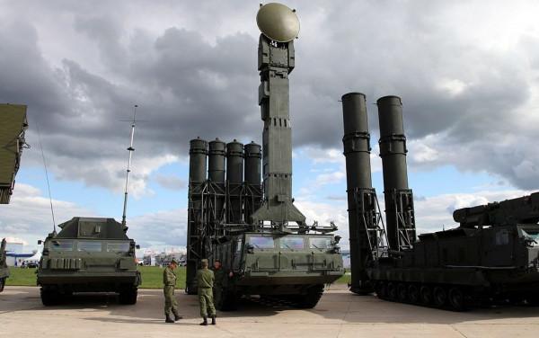 موسكو: هناك احتمالية لتوريد شحنات جديدة من أنظمة الدفاع الجوي الروسية لتركيا
