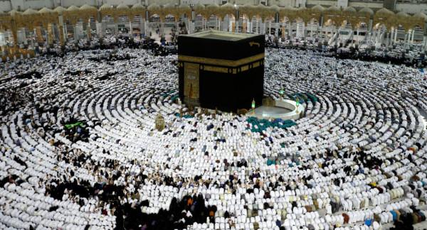 قرار سعودي جديد بشأن العمرة قيد الدراسة