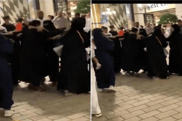 """شاهد: مشاجرة نسائية داخل """"مجمع الافينوز"""" بالكويت.. والجمهور يتدخل"""