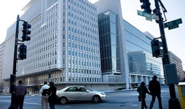 البنك الدولي يعد بإعادة بعثته الى اليمن قريبًا