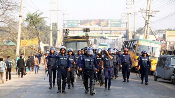 """مقتل أربعة أشخاص في بنغلاديش بسبب منشور على """"فيسبوك"""""""