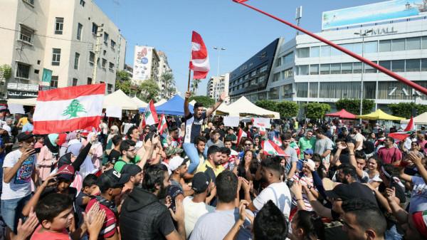 فتح بلبنان: متعاطفون مع مطالب اللبنانيين ولا وجود للفلسطينيين بالاحتجاجات