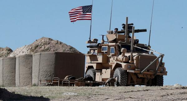 أمريكا تعتزم البقاء قرب آبار النفط شمال سوريا
