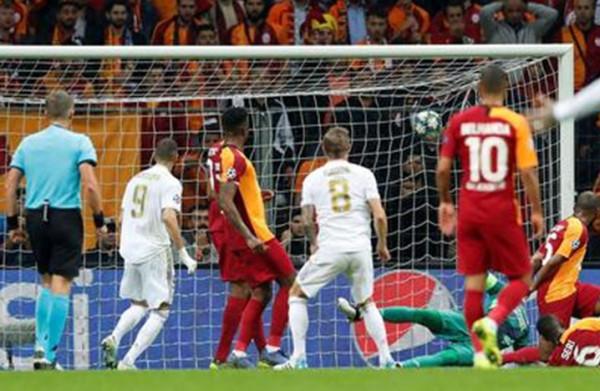 شاهد: ريال مدريد يتذوق طعم فوزه الأول في دوري أبطال أوروبا
