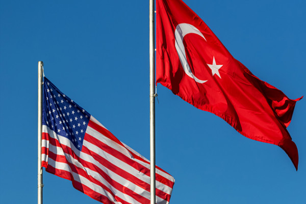 شاهد..ترامب: قواتنا ستنسحب من شمالي سوريا وسنرفع العقوبات عن تركيا
