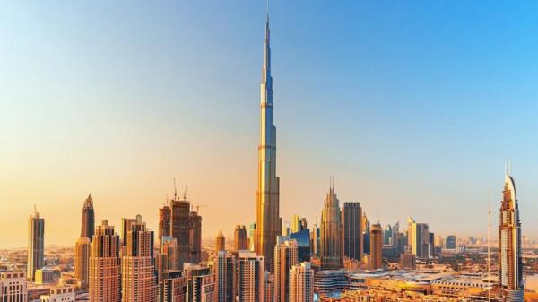 رجل أعمال إماراتي يحذر دبي من كارثة