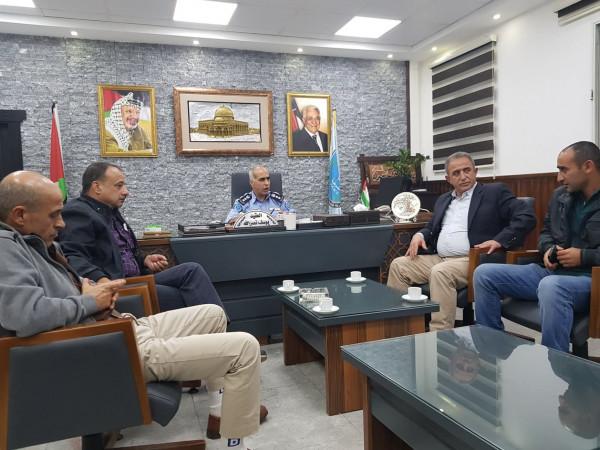 اللجنة الشعبية لخدمات مخيم بلاطة تلتقي مدير شرطة محافظة نابلس