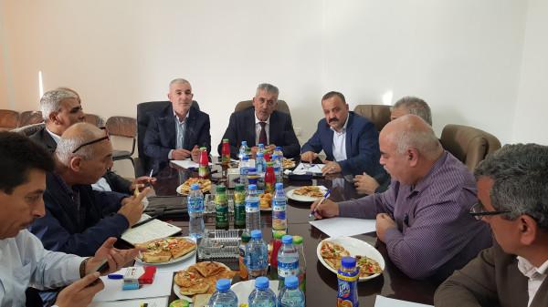 وزير الحكم المحلي يشيد بصمود مواطني الاغوار ويدعو لأولوية دعمهم