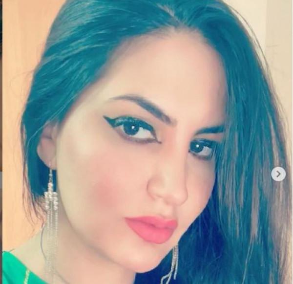 طبيبة عراقية تقدم عرض غير متوقع لرئيس وزراء بلادها مقابل استقالته